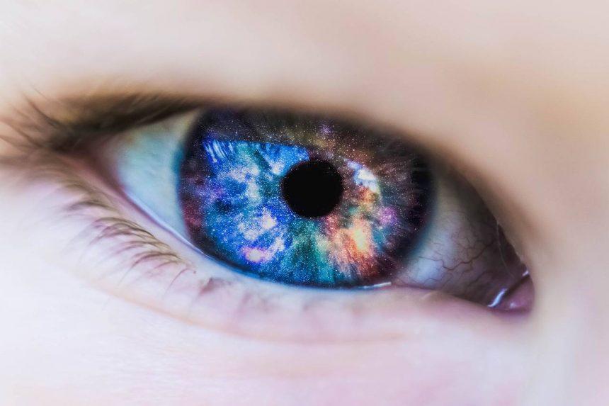 Pflege von Kontaktlinsen